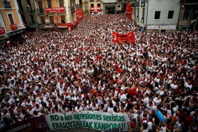 manifestacion-rechazo-violacion-una-joven-1468012219864